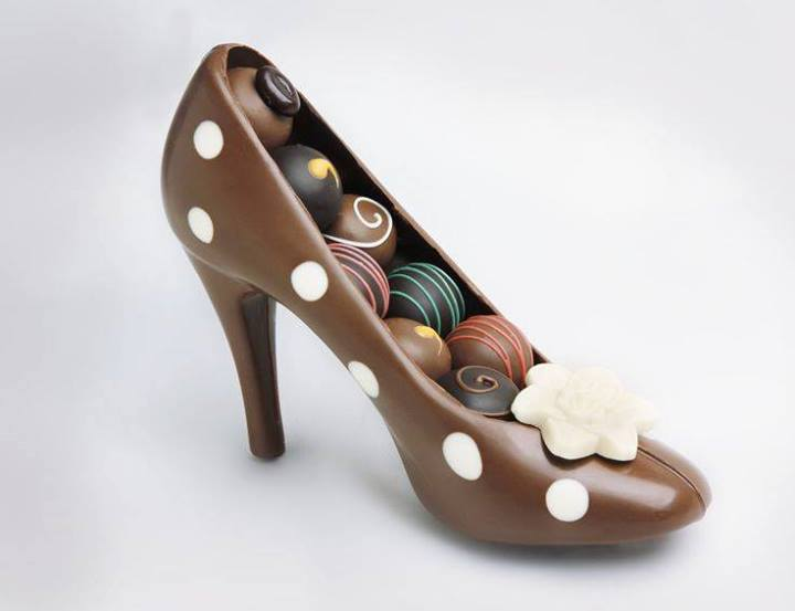 Chocolate-High-Heel-Shoe-Milk-1