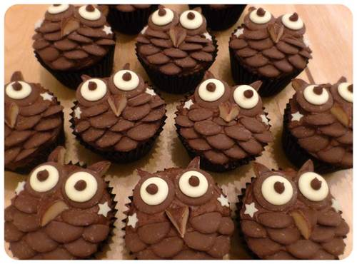 Creative Chocolate Button Cakes DIY Ideas 6