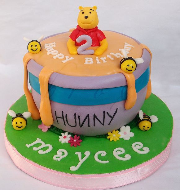 Winnie the Pooh birthday cake for 2 year old