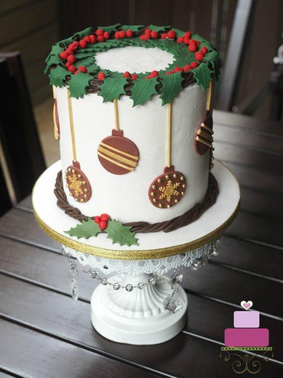 amazing christmas cakes 13