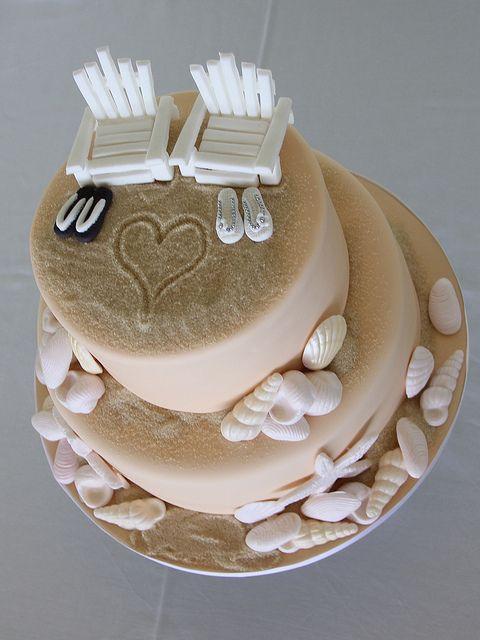 beach wedding cake ideas 14