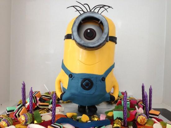 birthday-cake-minions