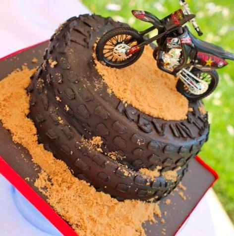 boy birthday cake 8