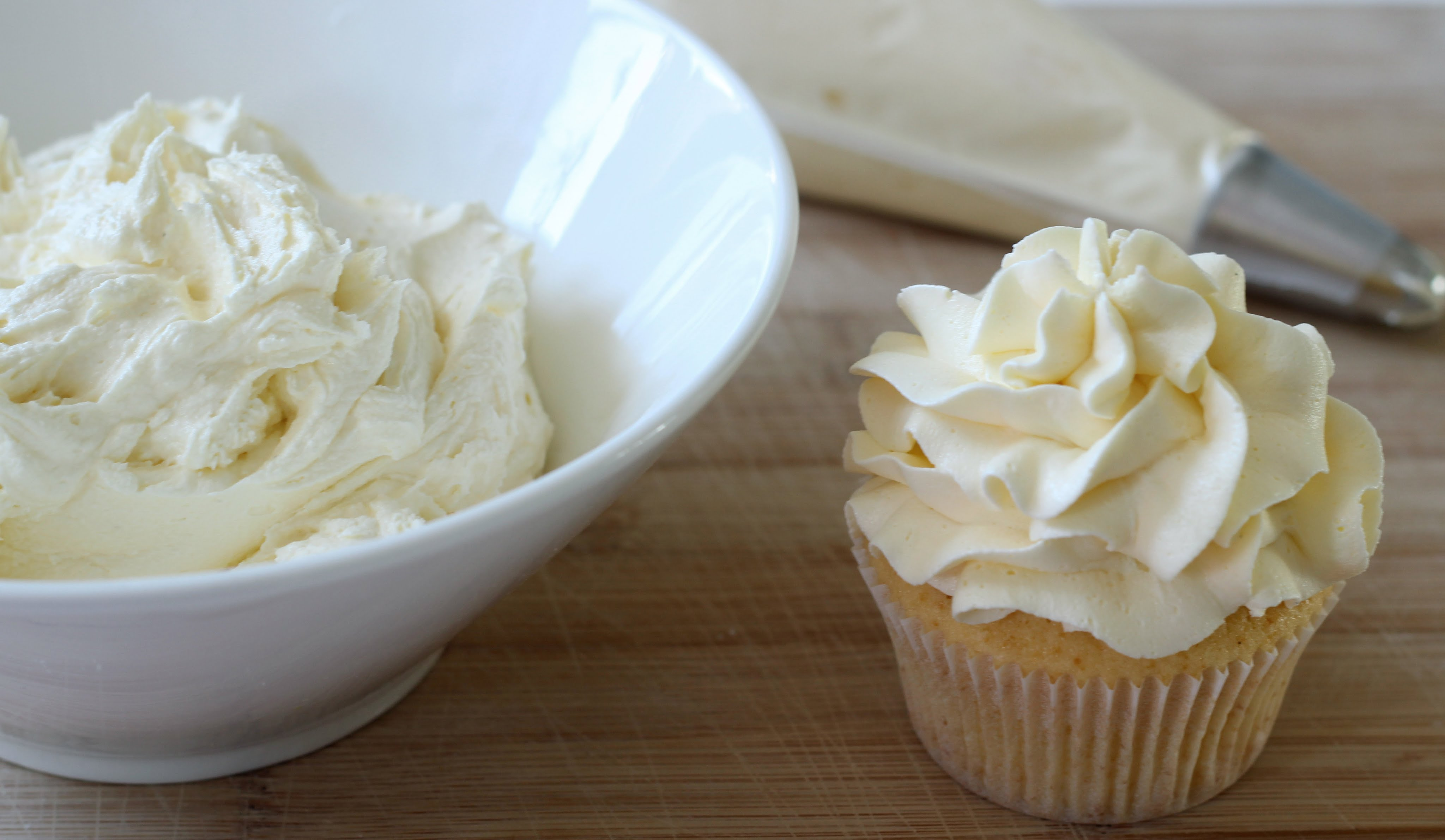 How to Make Buttercream Icing or Frosting