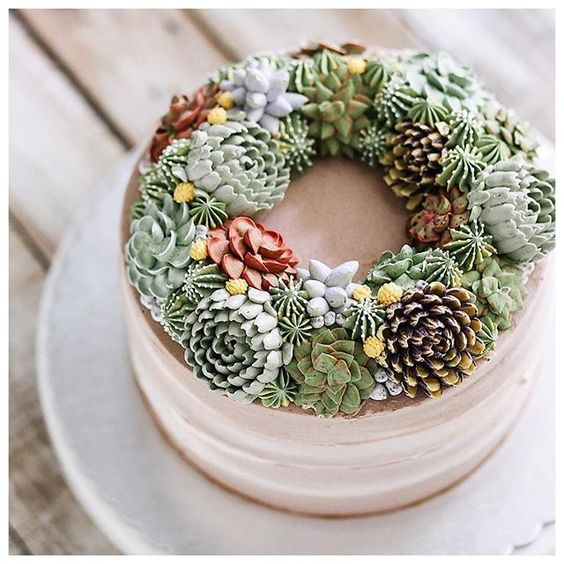 cake decorated with succulents 2 Copia