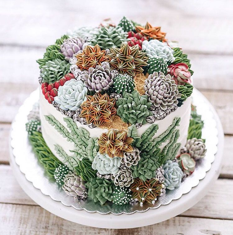 cake decorated with succulents 7 Copia