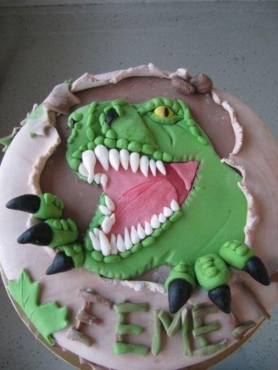 dinosaur cake ideas 16