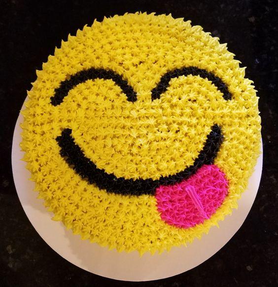 emoji cakes ideas 13
