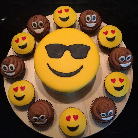 emoji cakes ideas 2