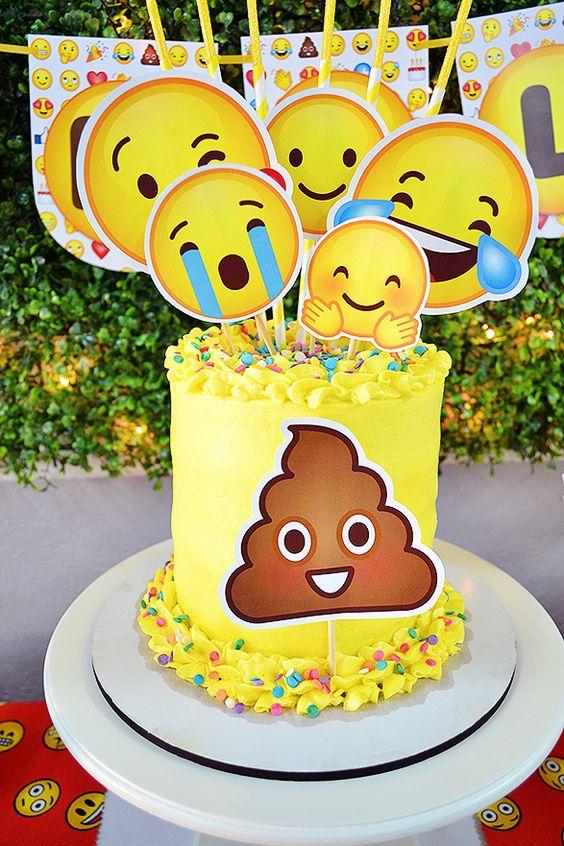 emoji cakes ideas 7