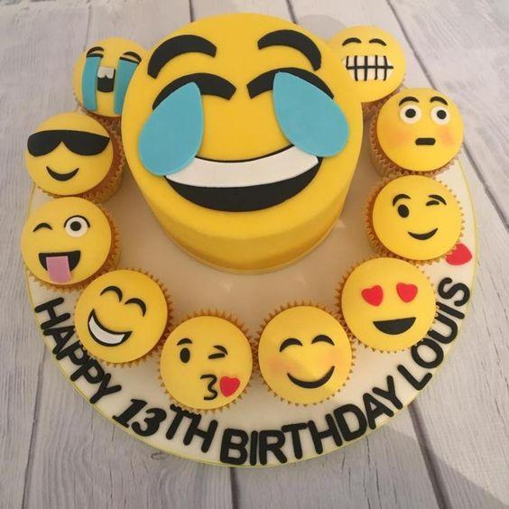 emoji cakes ideas 9