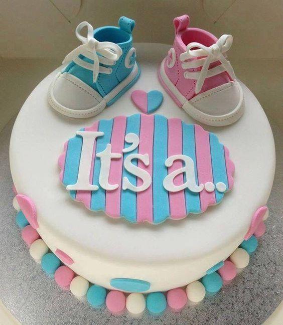 gender reveal baby cake 1