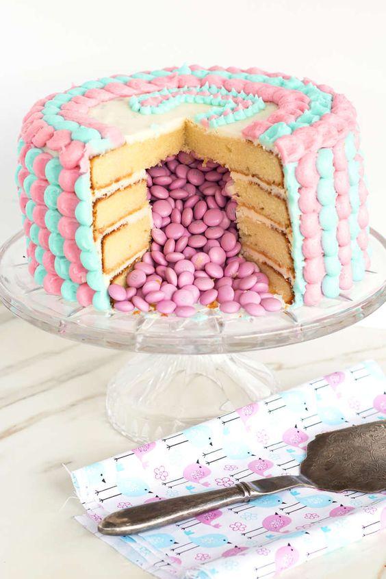 gender reveal baby cake 8