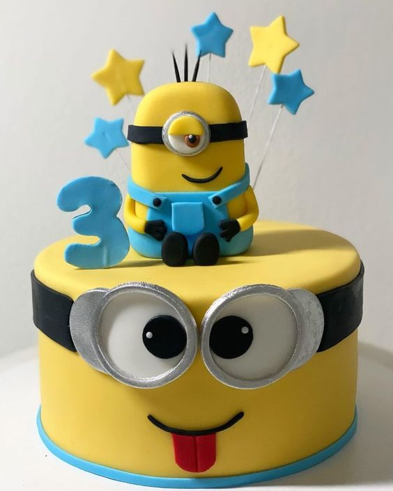 minions cakes 7