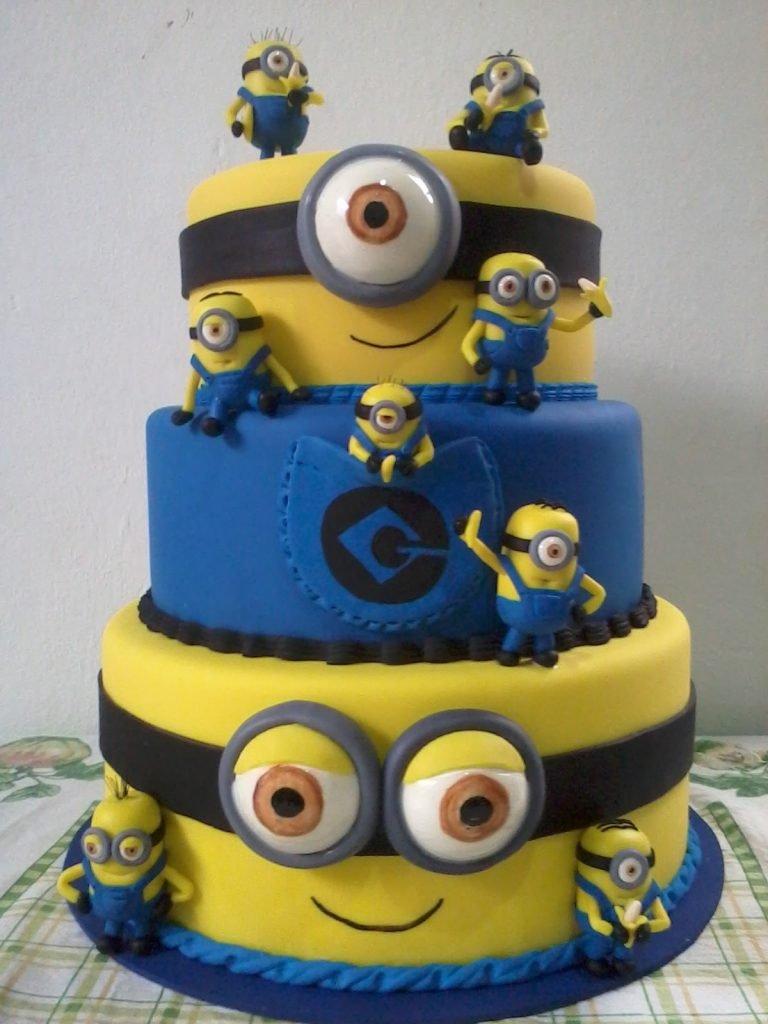minions cakes 9