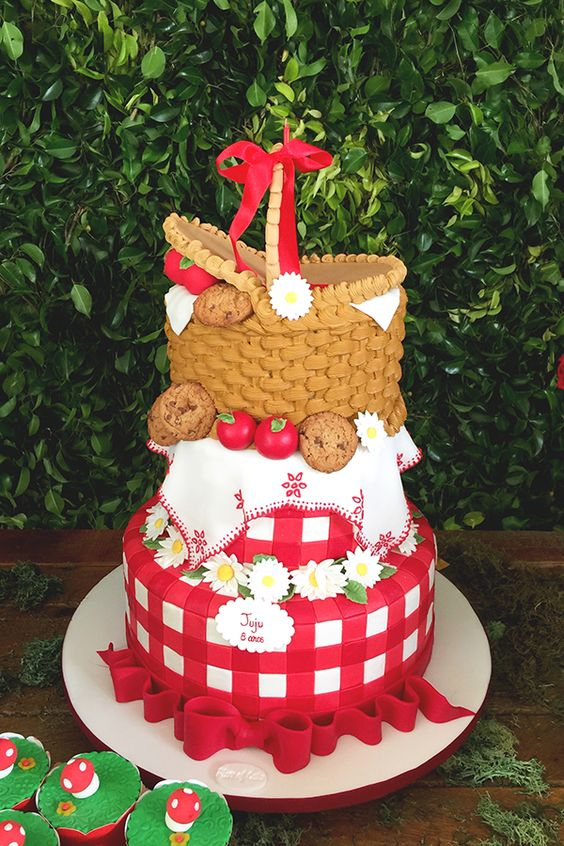 picnic party cakes ideas 6