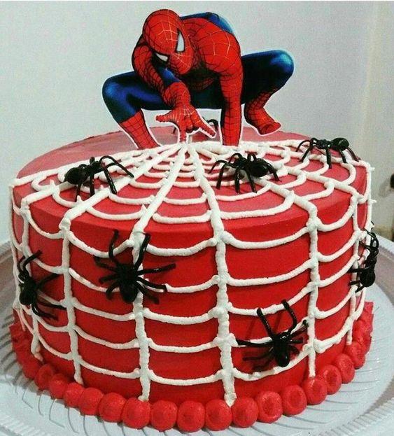 spiderman cakes 1