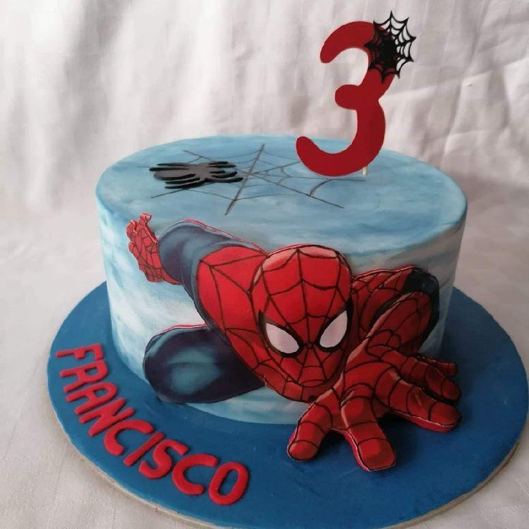 spiderman cakes 9