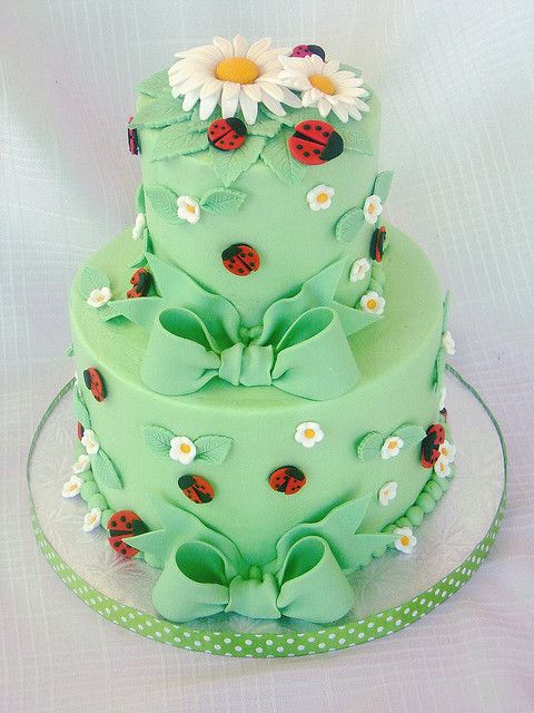 spring theme cakes 11
