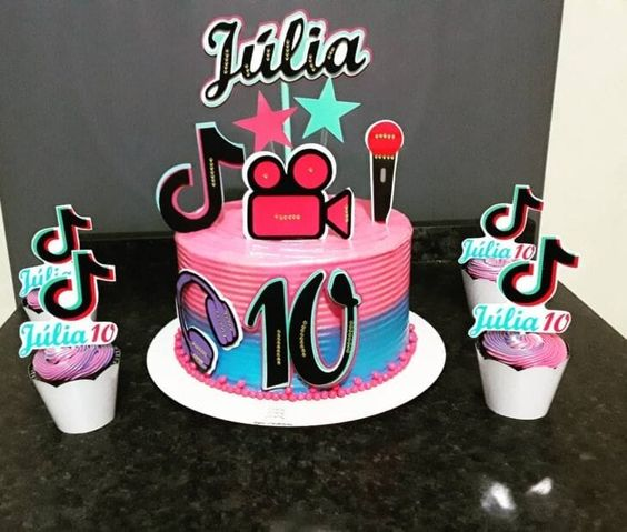 tik tok cake ideas 2