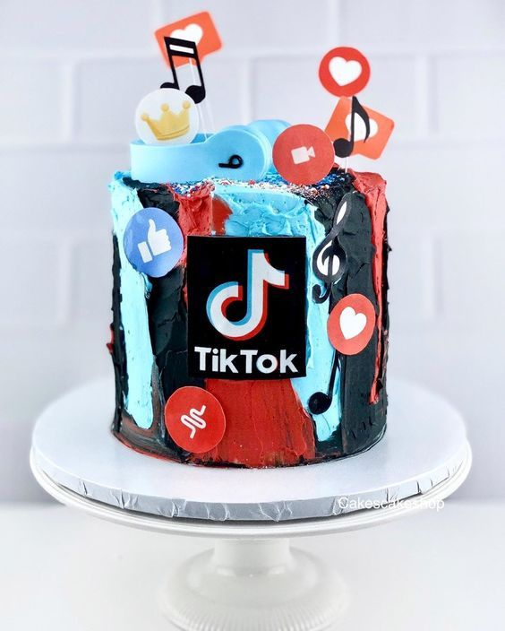 tik tok cake ideas 7