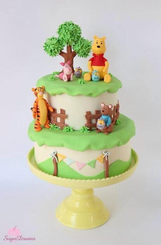 winnie the pooh birthday cake 1