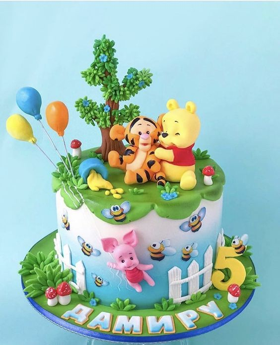 winnie the pooh birthday cake 11