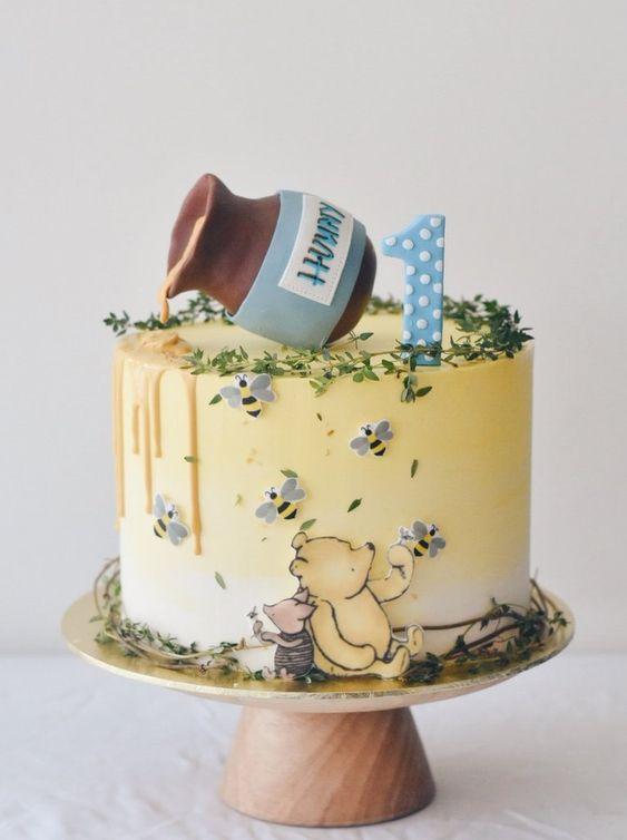 winnie the pooh birthday cake 13