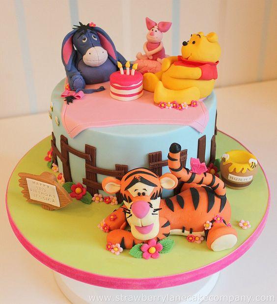 winnie the pooh birthday cake 2