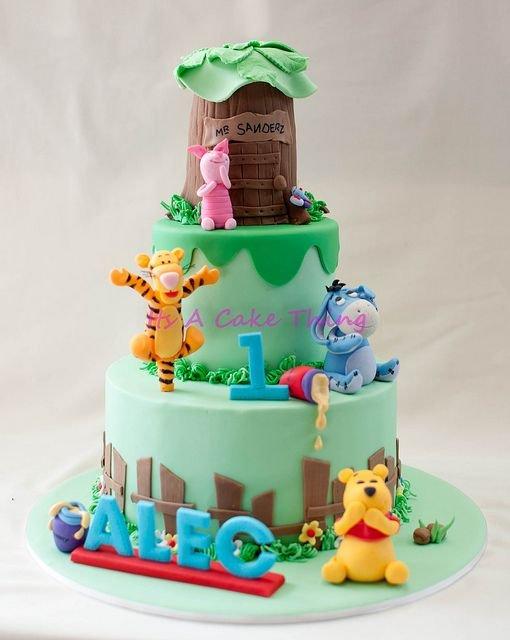 winnie the pooh birthday cake 8